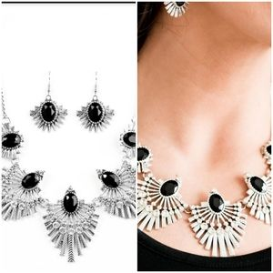 MISS YOU-NIVERSE BLACK NECKLACE/EARRING SET